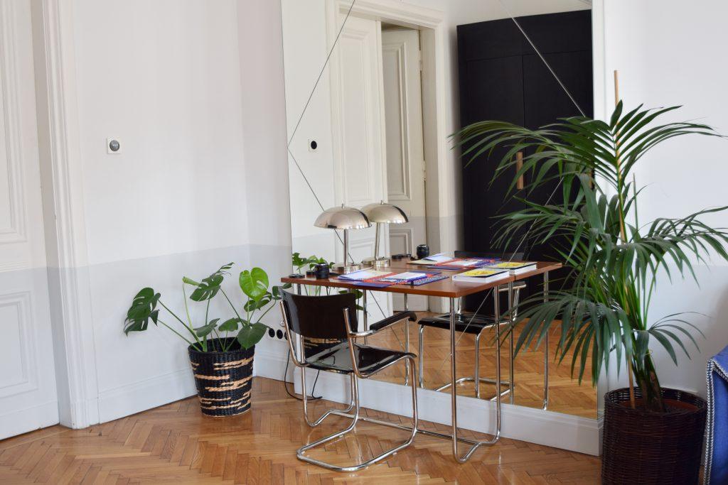autor-rooms-warschau-interieur-hotel-werkplek