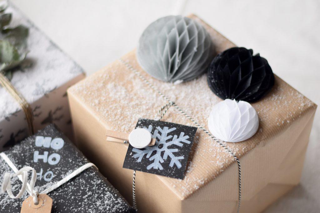 cadeau-inpakken-geschenk-hema-naturel3