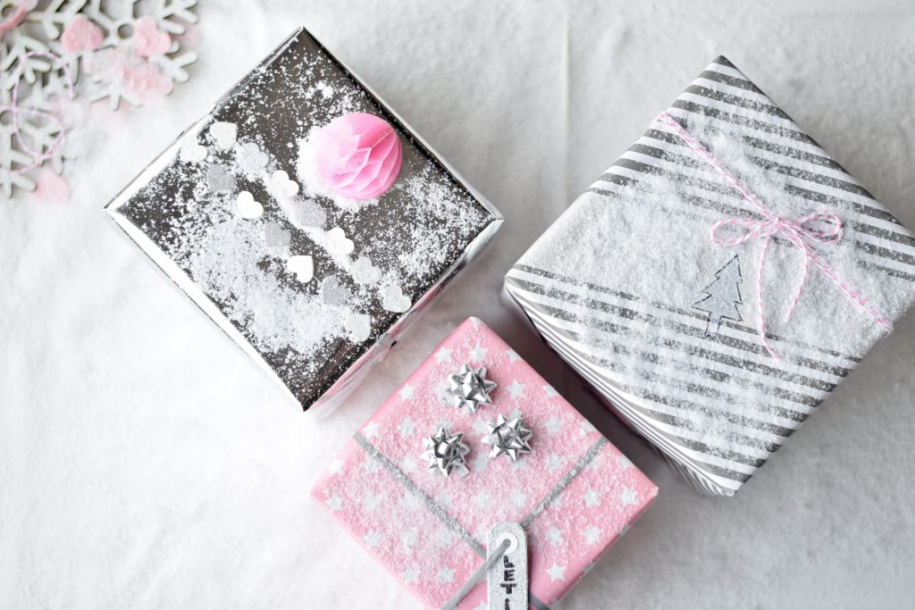 cadeau-inpakken-geschenk-hema-pink1