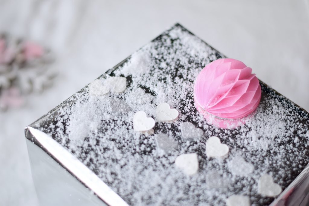 cadeau-inpakken-geschenk-hema-pink2