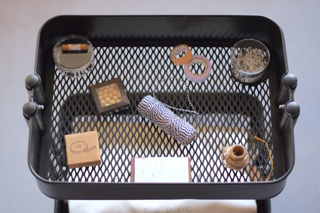 interieur-desk-ikea
