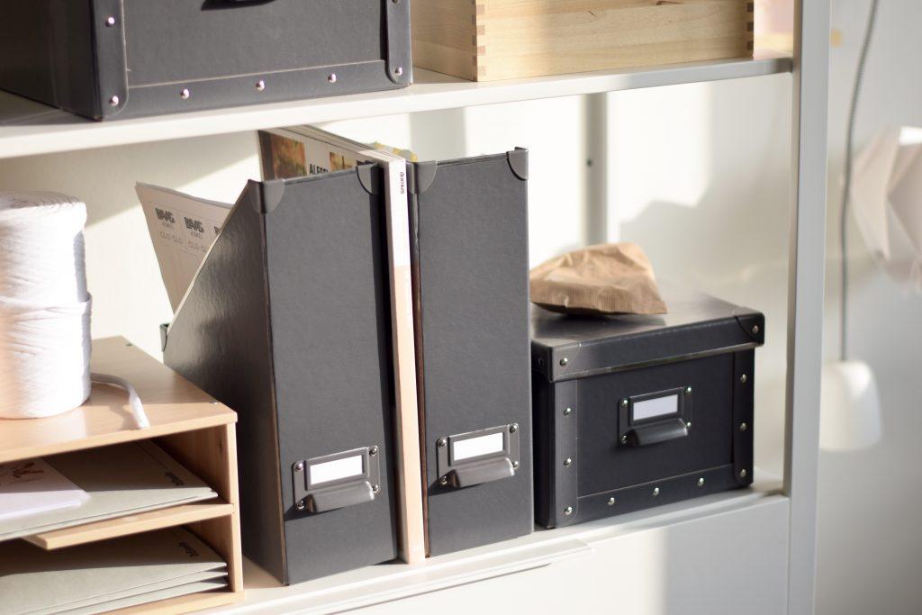 werkplek-bureau-dozen