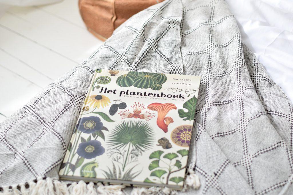 JUTTU Plantenboek Lannoo